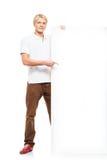 Individuo adolescente feliz que sostiene una bandera blanca Fotos de archivo libres de regalías