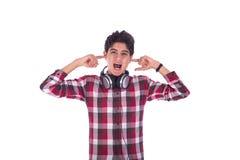 Individuo adolescente que canta Fotos de archivo libres de regalías