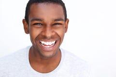 Individuo afroamericano adolescente sonriente Imagen de archivo libre de regalías
