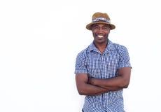 Individuo afroamericano feliz que sonríe con el sombrero Imagen de archivo