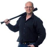 Individuo caucásico que sostiene un bate de béisbol aislado en blanco Foto de archivo