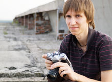 Individuo con la cámara Imagenes de archivo