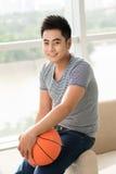 Individuo del baloncesto Fotografía de archivo libre de regalías