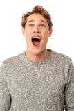 Individuo joven sorprendente con la boca abierta Imagen de archivo libre de regalías