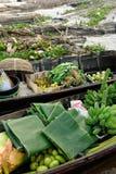 Indonésia - mercado de flutuação em Banjarmasin Imagens de Stock Royalty Free