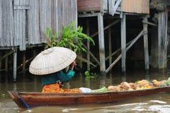 Indonesië - het drijven markt in Banjarmasin royalty-vrije stock afbeelding