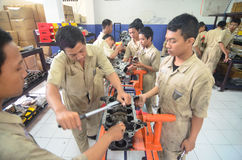 INDONESIA AUTOMOBILE MANUFACTURE STUDENTS Royalty Free Stock Photos