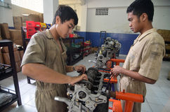 INDONESIA AUTOMOBILE MANUFACTURE STUDENTS Stock Images
