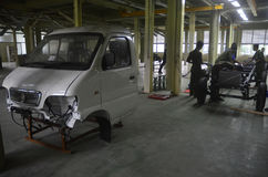 INDONESIA AUTOMOBILE MANUFACTURE STUDENTS Stock Photos