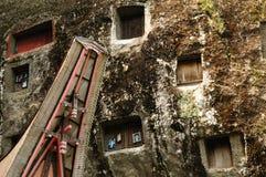 Indonesia, Sulawesi, Tana Toraja, Ancient tomb Royalty Free Stock Images