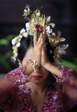 Indonesian bride prays Royalty Free Stock Photos