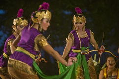 INDONESIAN ROYAL CLASSIC DANCE Royalty Free Stock Photography
