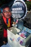 INDONESIEN SOM UTFORSKAR BÄSTA TJÄNSTEMÄN INOM RÄTTSSKIPNINGEN PÅ KORRUPTION Arkivfoton