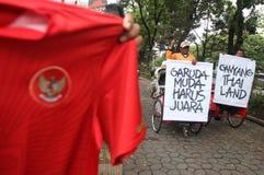 Indonesien under supportern för 19 fotboll Arkivfoton