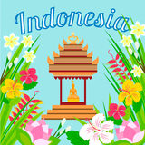 Indonesische pagode met een standbeeld van Boedha op een achtergrond Stock Fotografie