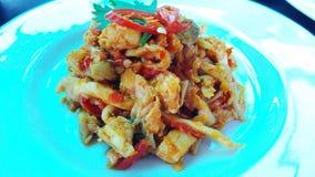 Indonesisk mat Ostronchampinjoner med kryddiga varma peppar Arkivbild