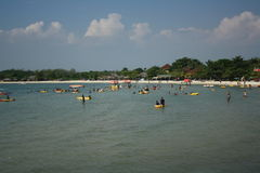 Indonesisk strand royaltyfri bild