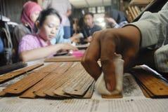 INDONESISKA FORNTIDA SNIRKELFINANSIERINGBEHOV Royaltyfria Foton