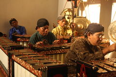 Indonesiskt traditionellt musikinstrument Arkivbilder
