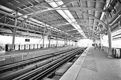 Indoor train tracks and platforms Royalty Free Stock Photography