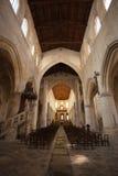 Indoors katolicka świątynia Zdjęcia Royalty Free
