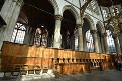 Indrukken van Oude Kerk Oude Kerk in Amsterdam, Nederland Stock Foto