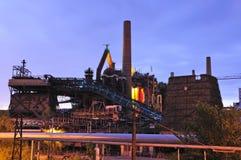 Indústrias siderúrgicas de Voelklingen em Alemanha Fotos de Stock