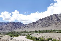 Indus river and beautiful mountain range at Leh Stock Photography