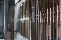 Industriële automatische het schilderen technologie Poederdeklagen royalty-vrije stock afbeelding