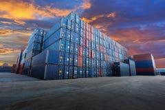 Industriële Containerwerf Stock Afbeeldingen