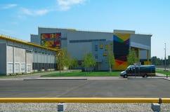 Industriële hangaar Stock Foto