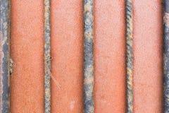 Industriële heldere oranje achtergrond van metaalstaven royalty-vrije stock foto's
