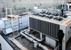 Industriële het Verwarmen Ventilatie en Airconditioningswarmtewisselaar stock fotografie