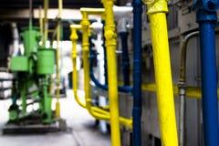 Industriële machines en pijpen stock foto's