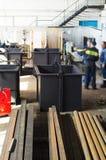 Industriële metaalpijpen en containers Royalty-vrije Stock Fotografie