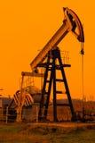 Industriële oliepomp stock foto