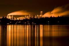 Industriële raffinaderij Royalty-vrije Stock Afbeeldingen