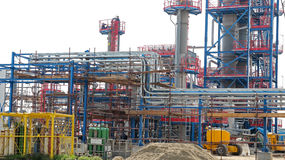 Industriële Raffinaderijinstallatie Stock Fotografie