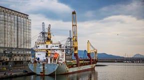 Industriële schiplading in Napels Royalty-vrije Stock Foto