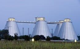 Industriële silogebouwen Stock Afbeeldingen