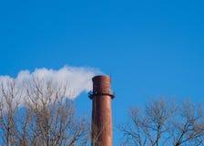 Industriële torenachtergrond Stock Afbeeldingen