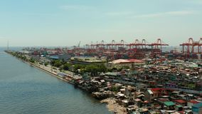 Industriële zeehaven met containers, Manilla, Filippijnen