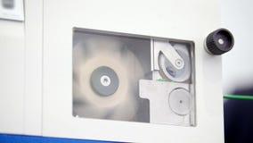 Industria de la química - línea de la fabricación de la protuberancia - extrusor, cierre para arriba almacen de metraje de vídeo
