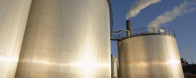 Industria de los tanques del combustible y de petróleo foto de archivo libre de regalías