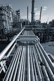 Industria de petróleo en la oscuridad Foto de archivo libre de regalías