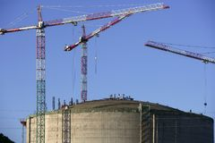 Industria de petróleo química grande del envase de la gasolina del tanque foto de archivo libre de regalías