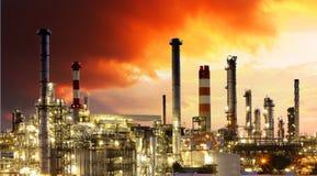 Industria de petróleo - refinería del gas fotografía de archivo