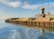 Industria en el puerto de Whitstable Fotos de archivo