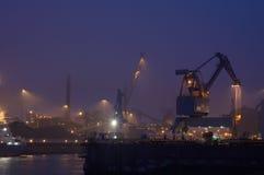 Industria en la noche foto de archivo