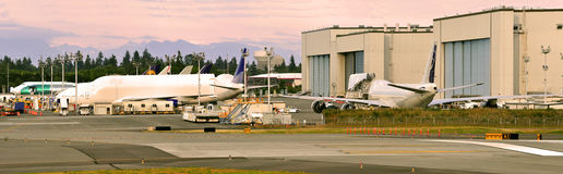 Industria fabril de los aviones fotografía de archivo libre de regalías